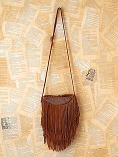 ok, ladies. i need a purse. i want this one, but it's one month's rent, and personally, i like living not on the street. do any of you lovelies know where i can find a good, small, brown, leather (fake leather, even) purse that costs less than my life? is it too much to ask?