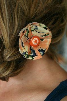 DIY Fabric Flower Hair Clip