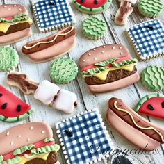 Hamburger, hotdog, s'mores and watermelon royal icing cookies by Bunnycakes. No Bake Sugar Cookies, Sugar Cookie Royal Icing, Cookie Frosting, Fancy Cookies, Iced Cookies, Cute Cookies, Cupcake Cookies, Patriotic Sugar Cookies, Fondant Cookies