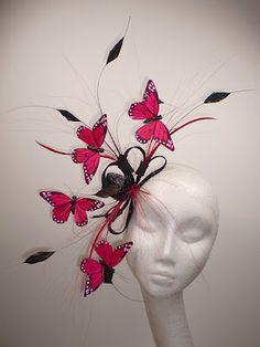 butterflied and featherized Fascinator Diy, Fascinator Hairstyles, Fancy Hairstyles, Hair Fascinators, Facinator Hats, Make Carnaval, Flower Headdress, Red Butterfly, Fancy Hats