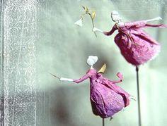 Les jardins de Miss Clara Paper Dolls, Art Dolls, Miss Clara, Paper Artist, Hello Dolly, Wire Art, Whimsical Art, Beautiful Dolls, Doll Toys