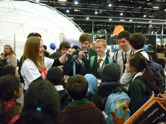 Dec 23 Volunteers at our Big Bang Fair stand drew in a crowd of fascinated school pupils -  Here we are demonstrating the amazing effects of static electricity using a miniature van de graph machine. #science #volunteering #charity