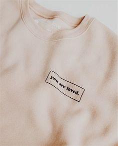 Christian Clothing, Christian Shirts, Casual Outfits, Cute Outfits, Fashion Outfits, Blusas T Shirts, Cute Shirt Designs, Foto Baby, Cute Shirts