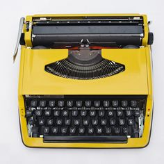http://de.dawanda.com/product/70039735-Vintage-Schreibmaschine-Brother