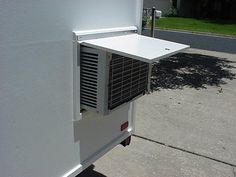 Pop Up Air Conditioning trailer Enclosed Trailer Camper, Pop Up Tent Trailer, Cargo Trailer Camper Conversion, Camping Trailer Diy, Diy Camper Trailer, Cargo Trailers, Popup Camper Remodel, Pop Up Truck Campers, Camper Beds