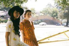 Amigas y vestidos | Pepaloves