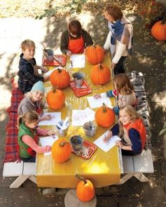 How to plan a pumpkin carving party.