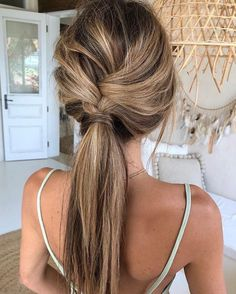 effortless hairstyle; braid and pony tail