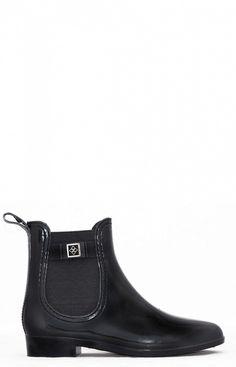 Dav Glasglow Booties $75 #TuesdayShoesday: Shop Kendall Jenner & Gigi Hadid's Favorite Black Boots via @WhoWhatWear