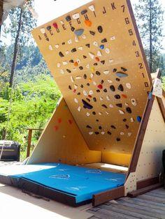 Rock Climbing Photo: Wall at 40 degrees, kick board detached.