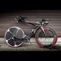 pedalitout: @aaronupson Bike sighting in Japan - What's the first word that comes to mind? by envecomposites