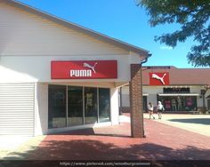 Puma clothing is one of the best sports wear in the market, that we assure you that you will find the right products for you here