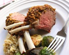 Top 10 Fancy Entrees For Valentine's Day - Pistachio Crusted Rack of Lamb