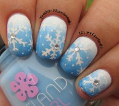 Had to do some gradient snowflake nails! Totally inspired by @majikbeenz! And yes, I am aware of how messed up my pinky looks, but there's not much I can do about it & i'm not gonna let that keep me from doing my nails! So if you've got negative comments kindly keep them to yourself :) Colors used: Island Girl - Honolulu Orchid China Glaze - Fairy Dust OPI - There's No Room For The Blues Sinful Colors - Snow Me White