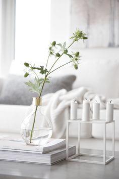 Still life_coffee table, bylassen, cubus, white