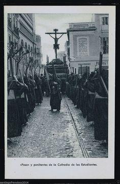 839.-SEVILLA -Semana Santa «Paso y penitentes de la Cofradía de los Estudiantes | eBay