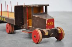 Online century modern Art & Design showroom, specialized in Industrial furniture and Dutch Modernism. Wooden Toy Train, Wooden Toy Trucks, Metal Toys, Wood Toys, Old Race Cars, Antique Toys, Industrial Furniture, Vintage Wood, Kids Toys