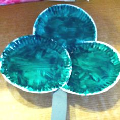 """Celebrating St. Patricks Day: Perfect art project for toddler and preschoolers.   """"Paper Plate Shamrocks"""""""
