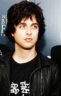 Emo Bands, Music Bands, Green Day Billie Joe, Hello Green, Hardcore, Julian Casablancas, American Idiot, Billie Joe Armstrong, Band Pictures