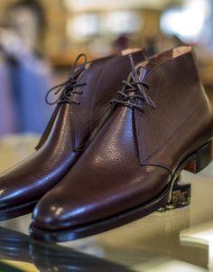 gaziano & girling - arran in oak hatch grain - J. Lawrence Khakis of Carmel Shoes Men, Men's Shoes, Dress Shoes, Leather Men, Leather Boots, Luxury Shoes, Your Shoes, Vietnam, Men's Fashion
