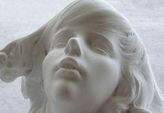 【芸術】これよりエロい石像って存在するの? | これはエロい速報