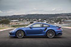 2017-Porsche911Turbo%26TurboS-31.jpg (1600×1066)