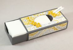 Anleitung Tempo Box – – Well come To My Web Site come Here Brom Tissue Box Holder, Tissue Box Covers, Tissue Boxes, Fun Crafts For Kids, Crafts To Make, Kids Fun, Arts And Crafts Box, Stampin Up, Scrapbook Box