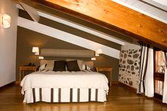 Junior Suite Abuhardillada - Madalena  #casarural #habitacion #turismorural #ezcaray #hotel #turismo