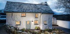 Tento dom má viac ako 300 rokov, až vstúpite, budete ohromení jeho renováciou!