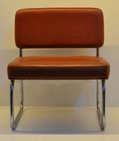 Poltrona-da-attesa-vintage-Originale-LAMM-Design-italiano-anni-70