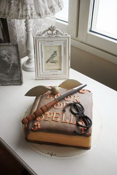 A Harry Potter inspired birthday cake for Christian and Alexander on their 6th birthday made by Nilla Hautasaari