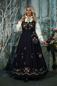 Lundebybunad Ethnic Fashion, Traditional Dresses, Norway, Scandinavian, Folk, That Look, Fantasy, Costumes, Inspiration