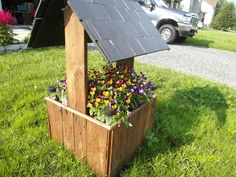 Flower and Vegetables planter #Flowers, #Pallets, #Planter