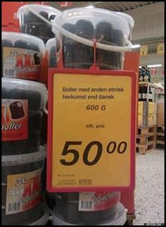 Boller med anden etnisk Funny Signs, Funny Memes, Hilarious, Indiana Jones, Funny Videos, Edna Mode, Funny As Hell, Offensive Memes, Jurassic World