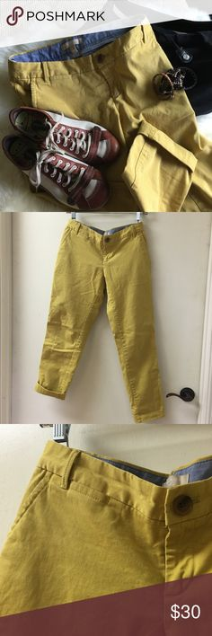 Banana Republic City-Chinos - Mustard City-Chino | Mustard Yellow | Loose-fit | Size 0, but could fit a size 2 as well | Ankle | 98% Cotton, 2% Spandex | Excellent, like new condition | Light-weight pants perfect for cool summer evenings or paired with wedges and a flowy top for a night out dining!FREE $4 item w/ 2+ bundle! FREE necklace with $10+ dress purchase! LIMIT: 1 free item per order Banana Republic Pants Ankle & Cropped