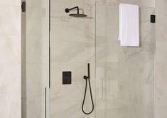 Badkamer Opberg Ideeen : 40 beste afbeeldingen van zwarte badkamer ideeën saniweb