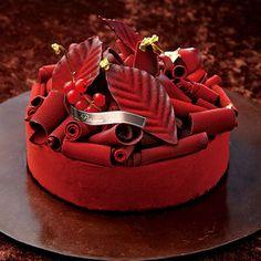 赤いチョコレートのトッピングがクリスマスらしい華やかさを。【新宿店23日・24日店頭お渡し】【高島屋限定】Orange Amer オランジュ アメール