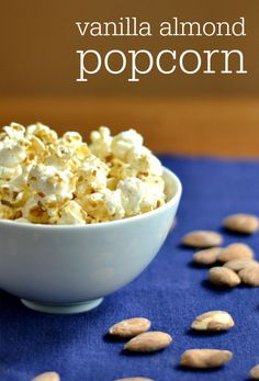 This healthy vanilla almond popcorn is such a delicious snack recipe! You won't believe all the ingredients are healthy when you taste this. Healthy Popcorn, Popcorn Snacks, Salty Snacks, Popcorn Recipes, Yummy Snacks, Snack Recipes, Yummy Food, Eat Healthy, Healthy Treats