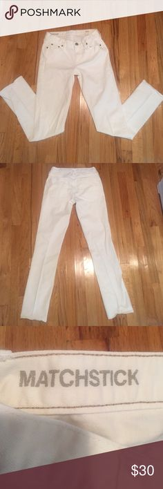 J. Crew Matchstick jeans SUPER CUTE J. Crew Matchstick off white color jeans (27 S) - GREAT condition - barely worn. J. Crew Jeans