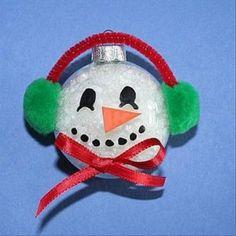 sneeuwman of kerstbal?!