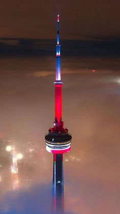 Toronto Skyline, Toronto City, Toronto Canada, Chemistry Drawing, Cityscape Wallpaper, Backrounds, Canada Travel, City Lights, Towers