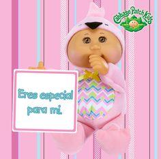 Eres especial para mi. #cabbagepatch #cuties #rosa #muñeca #niñas #abrazo #especial #amigas