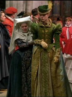 Shakespeare in Love (1998) Myrrha as Nurse and Gwyneth Paltrow as Viola De Lesseps #CostumeDesign: Sandy Powell
