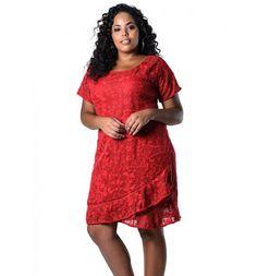 Vestido Plus Size de Renda Vermelho Lenner Plus  #modaplussize #roupasplussize #roupasfemininas #modafeminina #plussize #beline