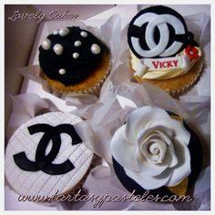 Cupcakes Chanel, Rosa blanca y Perlas