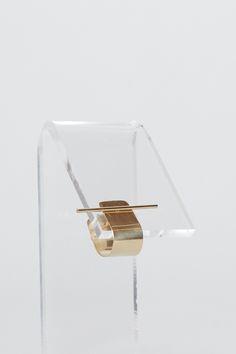 Kathleen Whitaker Ear Cuff (Gold)