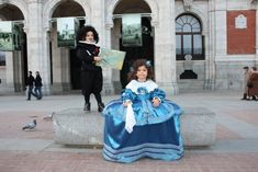 VELAZQUEZ Y MENINA Venice Carnival Costumes, Venetian Masks, Baroque Fashion, Public Art, Contemporary Artists, Art Projects, Halloween Costumes, Dress Up, Ballet Skirt