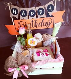 Food Gift Baskets, Gift Baskets For Women, Themed Gift Baskets, Birthday Hampers, Birthday Box, Birthday Morning Surprise, Birthday Balloon Decorations, Gift Wraping, Gift Hampers