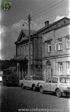 Rynek Sienny - BIAŁYSTOK Rok 1980. Po prawej stronie stara synagoga. Polish People, Ppr, Poland, City Photo, Period, Cities, Photos, Pictures, Architecture