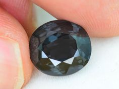 Jewelry Shop, Jewellery, Rare Gemstones, 2 Carat, Gems And Minerals, Auction, Sparkle, Jewels, Crystals